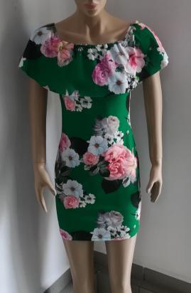 Rochie verde cu flori